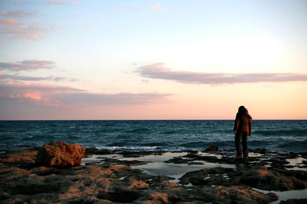 elena-on-rocks4